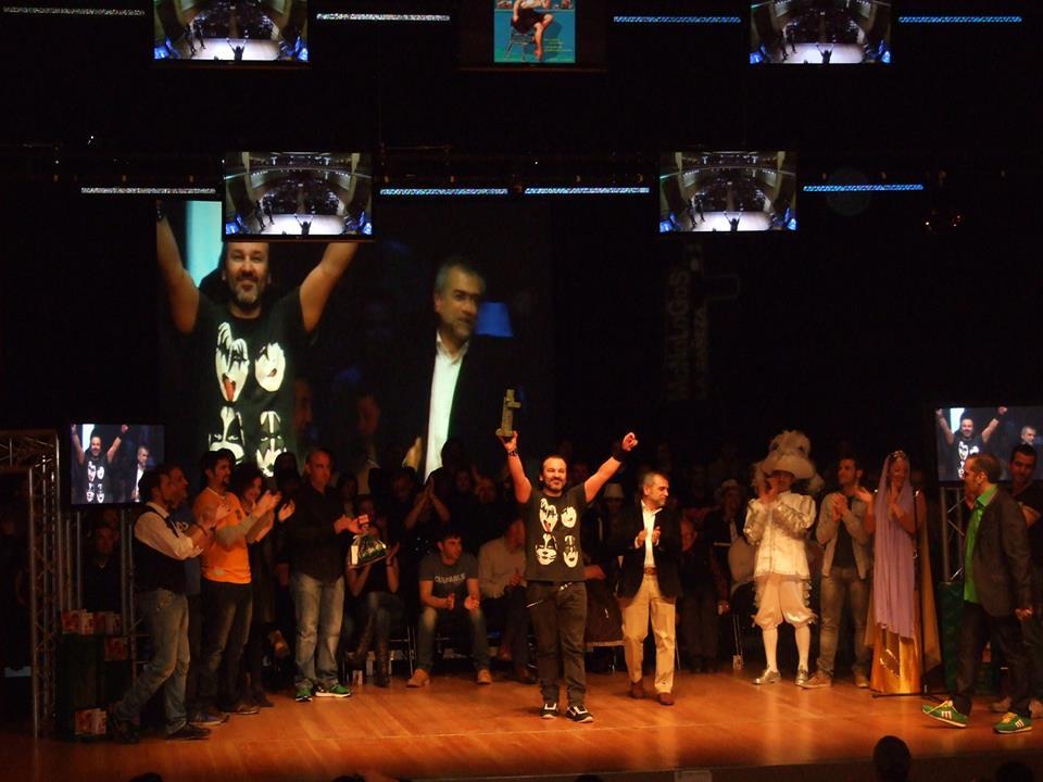 David César gana el III Concurso de Monólogos de La Bañeza